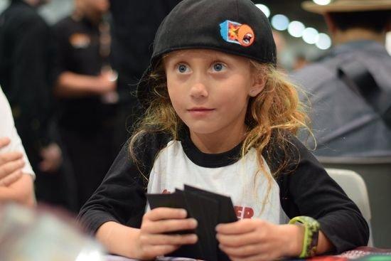 Com 9 anos, Dana Fischer se torna a pessoa mais jovem a ganhar dinheiro em Grand Prix